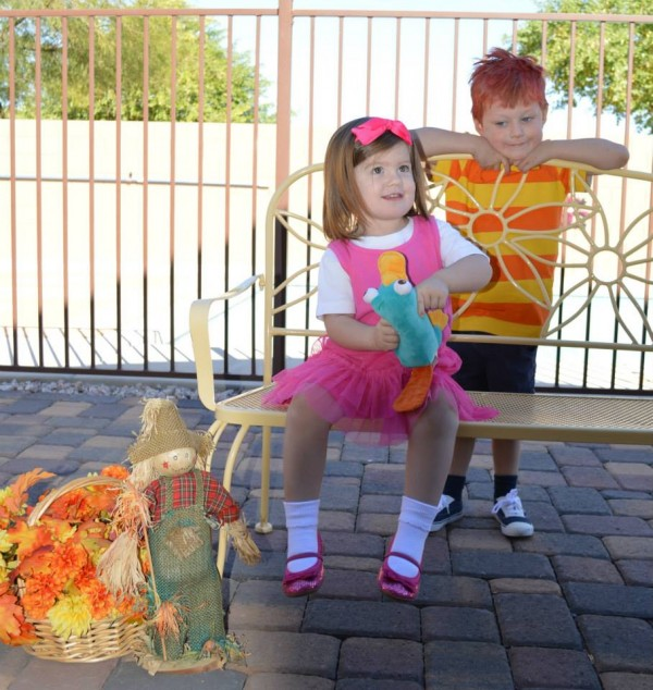 Isabella and Phineas2