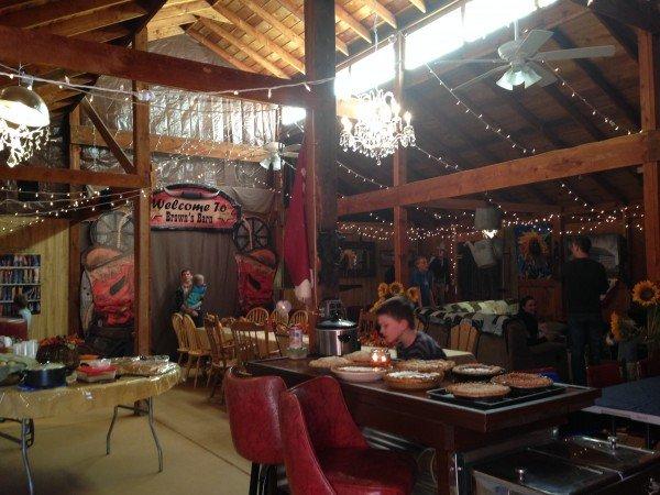 thanksgiving barn