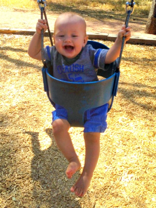 harry-on-swing