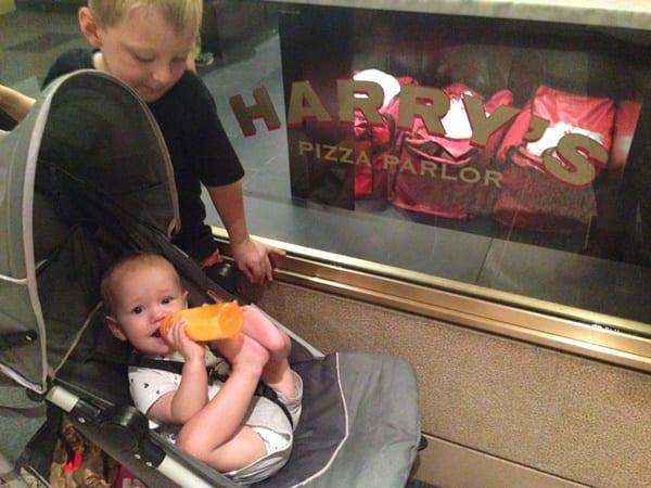 harrys-pizza-parlor