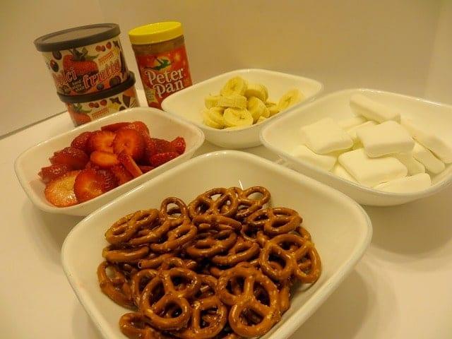 mini-pretzel-kabobs