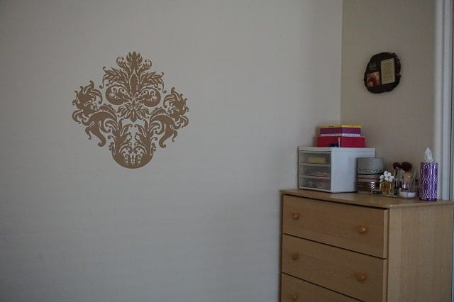 damask-wall-decal
