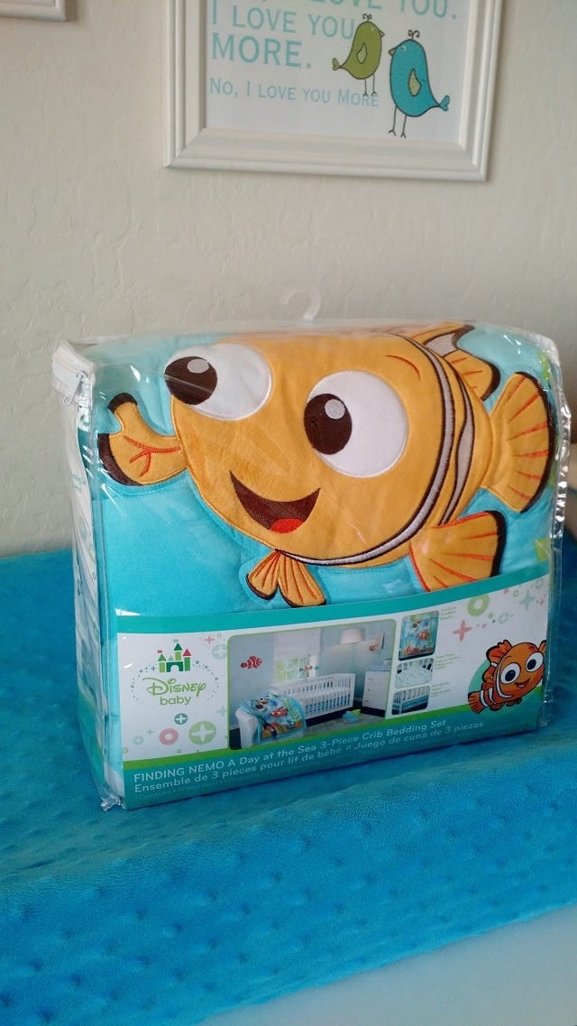 Vintage finding nemo crib bedding