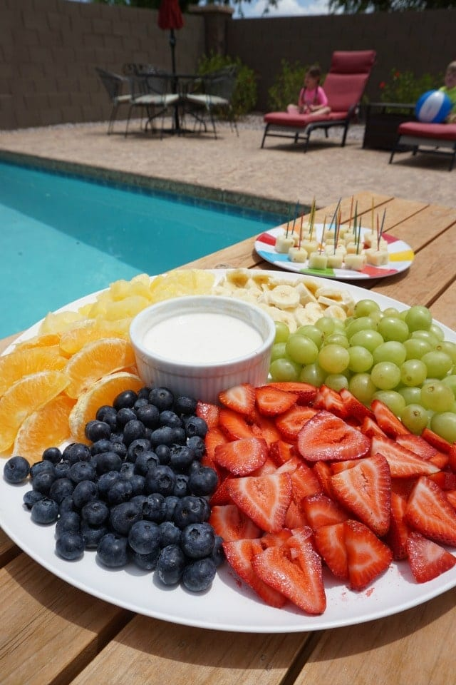 pool-party-fruit-platter