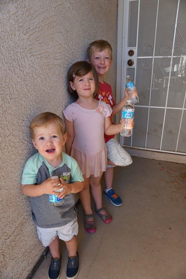 kids-love-water