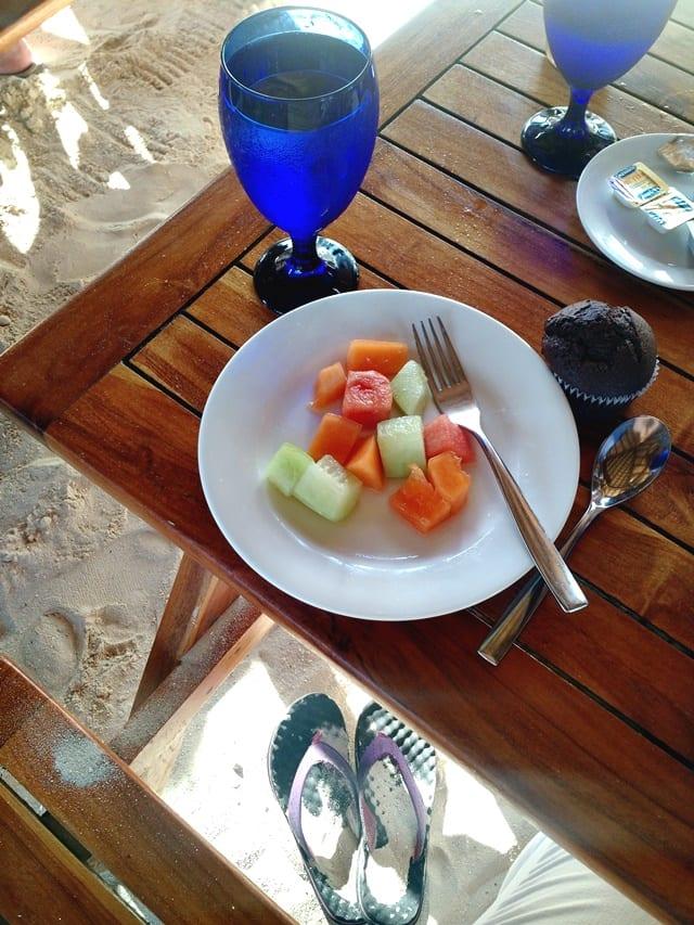 breakfast-by-the-sea