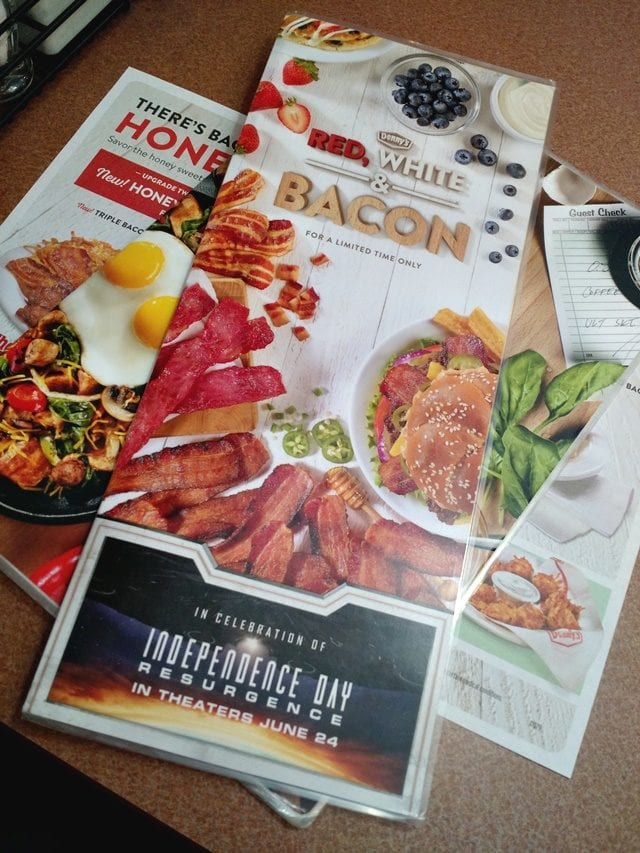 "Bacon lover? Make your way to Denny's to try out their limited-time menu, ""Red, White, & Bacon!"" The summer months are full of celebrations, so take your favorite people out to Denny's, and then go see the new movie Independence Day: Resurgence! (ad)"