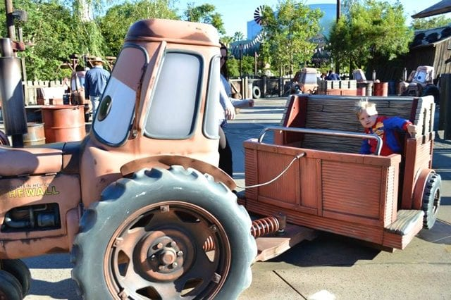 harry on mater's junkyard jamboree