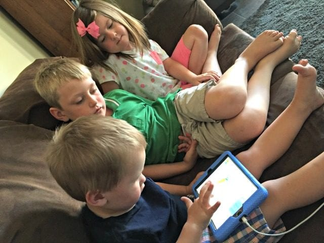 The team from Dumb Ways to Die has some brand-new, fun and educational apps for kids 3-7. My kids loved them, and I bet yours will too! (ad) #DumbWaysJR