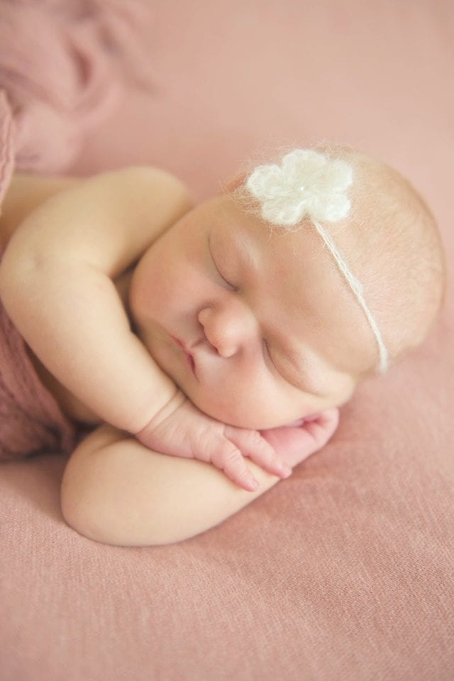 melody-newborn-photo-shoot-4