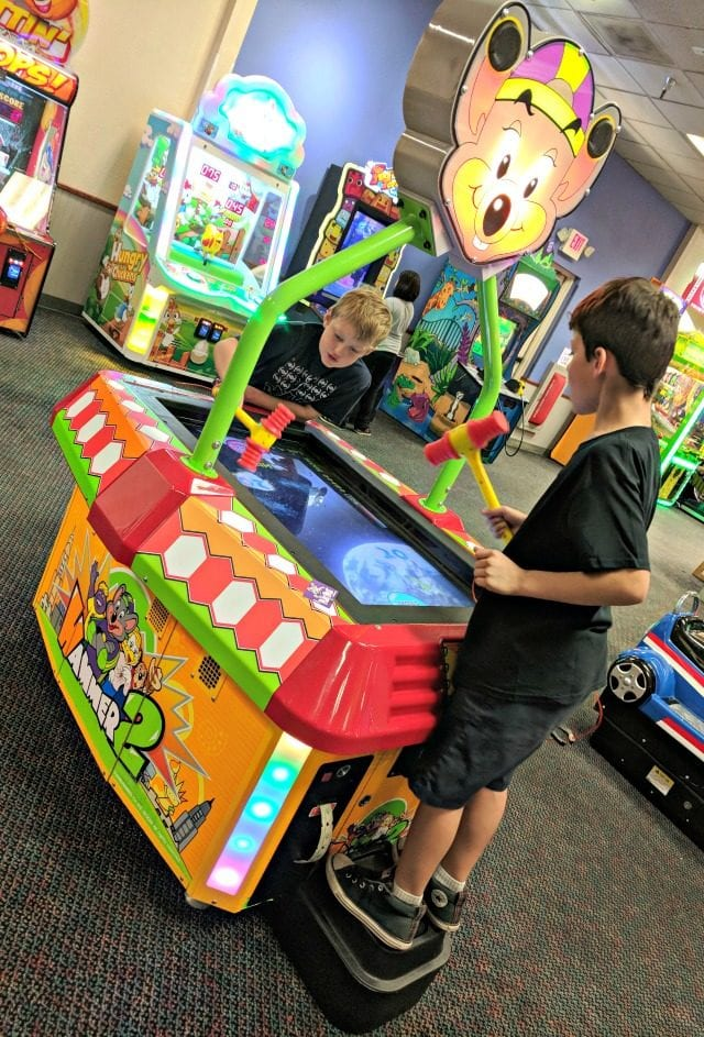 unlimited play pass at chuck e cheese