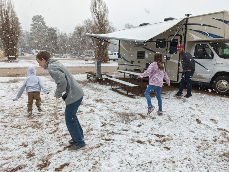 snowball fight by RV